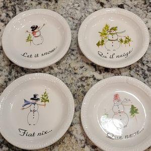 "GUC Set of 4 ""Let it Snow"" Dessert Plates"